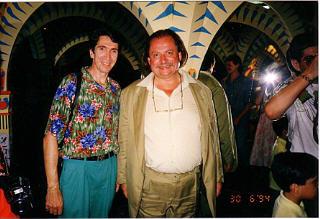 Partenaire du Safari de Peaugres en Ardèche, Radio PILE était invité pour le méchoui annuel. Alain ASSIUS avec le Comte Paul de la PANOUSE, propriétaire du safari de Peaugres, de Thoiry et du zoo de Porto au Portugal.