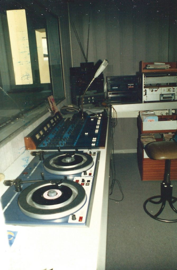 Radio PILE la Régie finale Maisons des Associations à PRIVAS