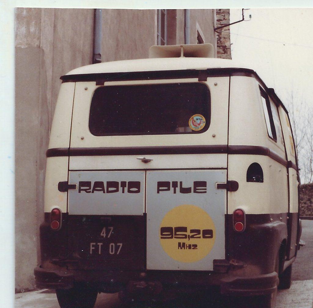 l'Estafette Radio PILE